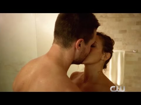 Video SUPERGIRL, THE ARROW, THE FLASH, & DC LEGENDS OF TOMORROW - HUMOR download in MP3, 3GP, MP4, WEBM, AVI, FLV January 2017