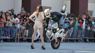 Video Jason Britton - No Limit Stunt Show @ Southbay Motors MP3, 3GP, MP4, WEBM, AVI, FLV Februari 2019
