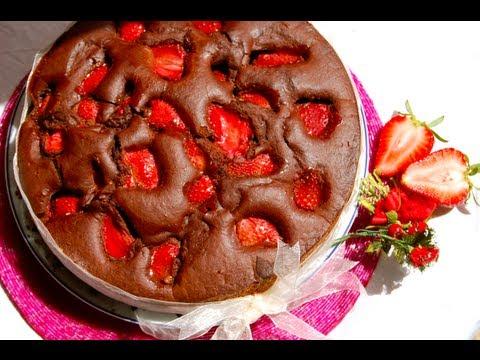 video ricetta: torta di fragole e cioccolato.