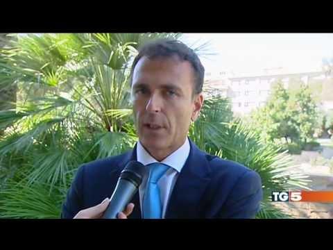 intervista al Prof. Dario Apuzzo a Canale 5 ottobre 2013