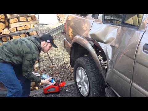 Redneck tire mounting fail short version (видео)