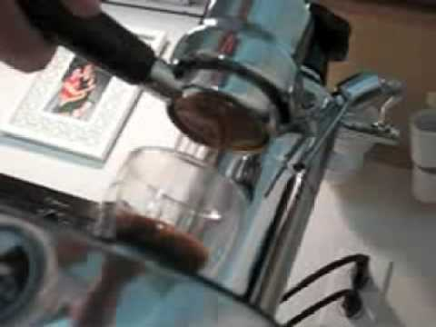 First Bottomless portafilter pour - la pavoni europiccola