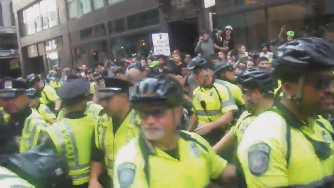 Μεγάλη διαδήλωση εναντίον του ρατσισμού στη Βοστώνη