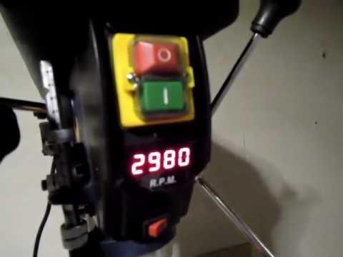 Einhell Säulenbohrmaschine BT BD 801 E, Stufenlose Drehzahlregelung in der Preisklasse unschlagbar