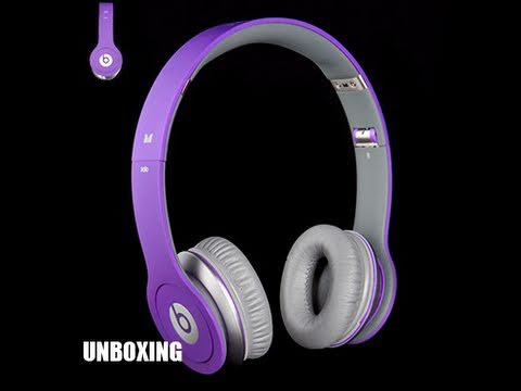 TekBeatTV - An unboxing of the JustBeats Solo Edition headphones from Monster Beatsbydre. Enjoy! Comment, rate and subscribe! Twitter: http://twitter.com/tekbeattv Websi...