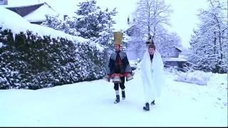 Urtümliche Gestalten tummeln sich jeweils zu Silvester in der Gemeinde Wald (ZH). Ein Brauch, der sich seit über 100 Jahren hält...