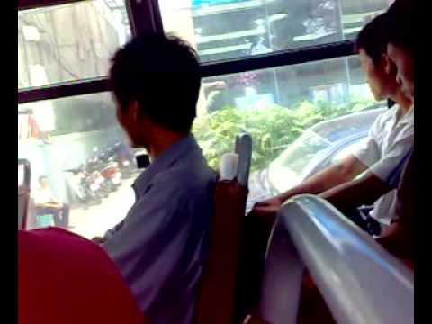 Tren xe bus...nhac che'