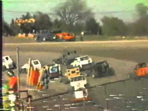 1985 NTRA MODIFIEDS @ DEVILS BOWL-B feature (fixed sound) (видео)