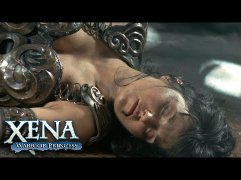 Najara Beats Up Xena | Xena: Warrior Princess