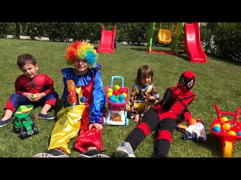 Fatih selim Spiderman oldu,bir deedpool bir palyaço ve bir Spiderman ile dans etti 😂😂