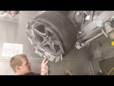 Painting Mercedes Benz rim