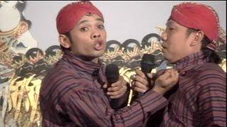 Video Beneran Lawak Percil VS Yudho Berantem Dipanggung Wayang Kulit Kidalang Sun Gondrong MP3, 3GP, MP4, WEBM, AVI, FLV Mei 2019