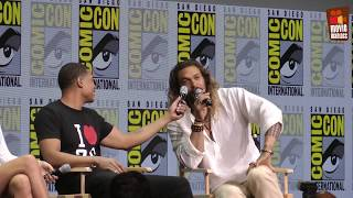 live from Comic-Con! Warner just showed an extended reel from their upcoming movie Justice League, with Ben Affleck (Batman), Gal Gadot (Wonder Woman), Jason Momoa (Aqua Man) and many more cast members in attendence.