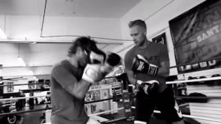 Boxing Training w/ Foo Fighters Guitarist Chris Shiflett