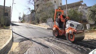 بلدية طولكرم تقوم بإعادة تعبيد شوارع ضاحية ذنابة