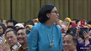 Video Semua Ngakak, Pak Jokowi Kenalkan Menteri Yang Lulusan Universitas Indonesia MP3, 3GP, MP4, WEBM, AVI, FLV Desember 2018