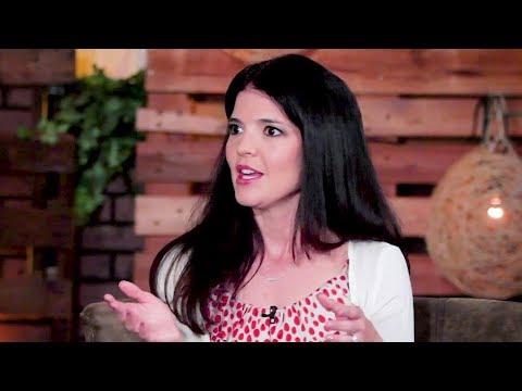 Lisa Lloyd: Chasing Famous