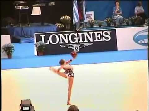 WATCH: Unreal gymnastic routine