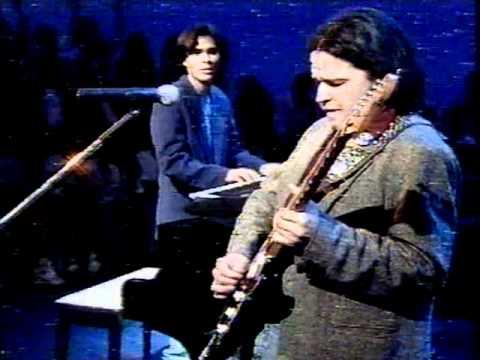 Video Joao Maldonado com Solon Fishbone no Jo Soares em '94 download in MP3, 3GP, MP4, WEBM, AVI, FLV January 2017