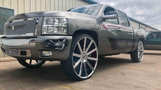 Homies truck just got a make over. Custom paint and design s. Sitting on 30 inch wheels dub shot calla. Song- https://youtu.be/5YMK3ZFfyuc