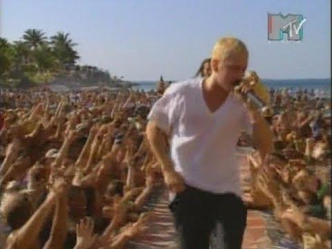Eminem — «My Name Is» (Live on MTV) [1999 Spring Break Performance] | Universal Music