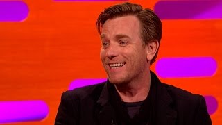 Video Ewan McGregor on his voice cameo in the latest Star Wars film - The Graham Norton Show: Series 19 MP3, 3GP, MP4, WEBM, AVI, FLV Oktober 2017