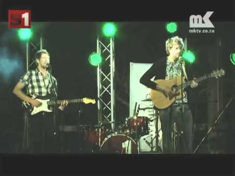 MK Studio1 : Die Heuwels Fantasties – Leja [oppikoppi 2010]
