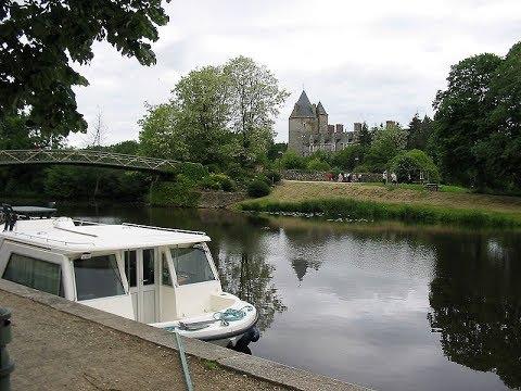 Le chateau de la Groulais en France  #   قلعة غولي بلان التراثية في فرنساء