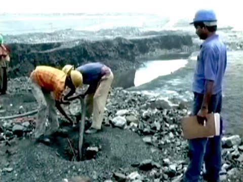 Dus Baatein: Ordinance on coal blocks 25 October 2014 12 AM