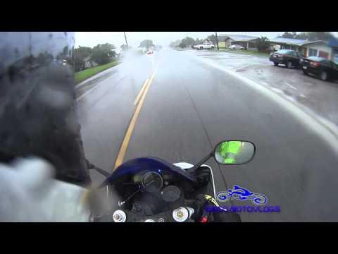 Yamaha R6 riding in the Rain VLOG