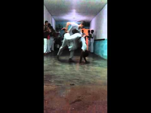 Grupo de capoeira em São José do belmonte