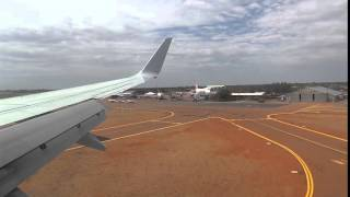 Longreach Australia  City new picture : Qantas 737 landing in Longreach, Australia