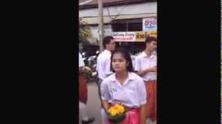 Muang Phon Thailand  city photos gallery : Loy Krathong parade through Muang Phon 1 part