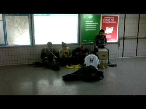 Neljä Ässää – Sau starke Straßenmusiker – sollte man gesehen haben!