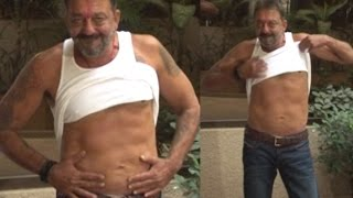 Video Sanju Baba Flaunts '6-pack' After Coming Out on Furlough   Bolly2box MP3, 3GP, MP4, WEBM, AVI, FLV Agustus 2018