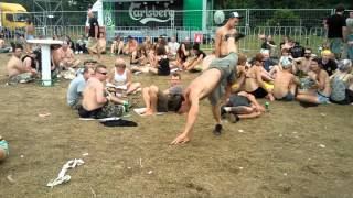Woodstock 2012. Pijane Karate.