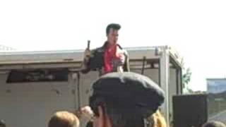 Elvis Medley by Steve Elliott (Elvis Elite) - YouTube