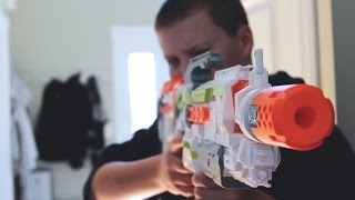 "Today Goober Media Brings to you ""A Classic Nerf War."" In this Nerf battle James is sleeping peacefully when his little brother wakes him up. James, flustered, grabs a Nerf gun and the war begins. Social media links:Twitter:https://twitter.com/annakouskyInstagram:  http://instagram.com/annakouskyGoogle Plus:https://plus.google.com/u/0/+AnnaKousky/posts/HoevMPHZQQcMy Other Channel: www.youtube.com/user/AnnaKousky"
