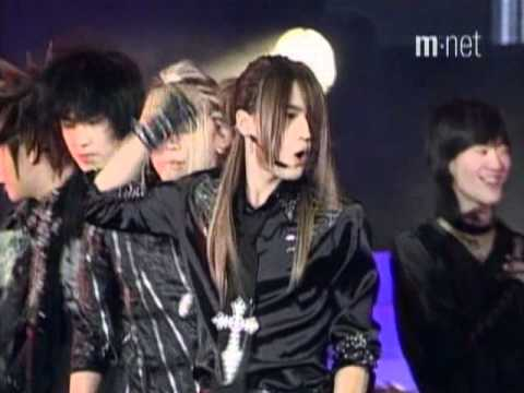 Magic Castle + The Way U Are + Tri-Angle – DBSK Mnet Yepp Concert 20041217