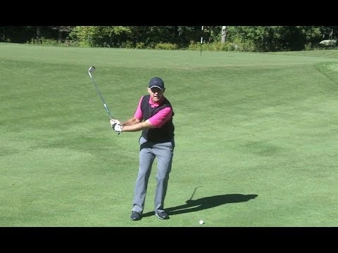 Golf Lessons – How to Play a Pitch Shot