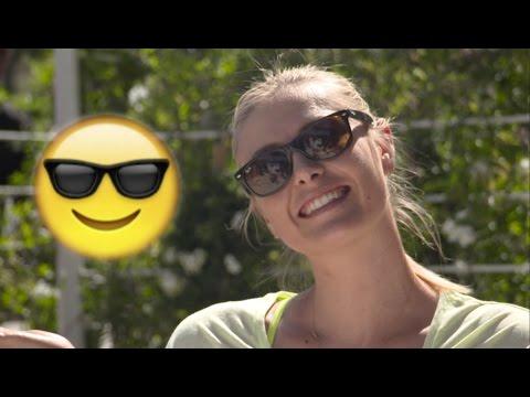 Sharapova, Ivanovic y otras tenistas realizan el 'Emoji Challenge'