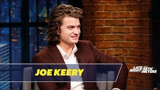 Video Joe Keery Talks About His Famous Hair MP3, 3GP, MP4, WEBM, AVI, FLV April 2018