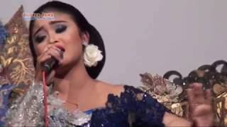 SELAWASE~ANINDIA SAFITRI~MUSIC BY CAKRA BUDAYA