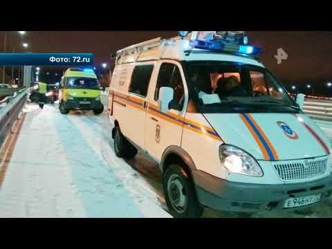 Страшные кадры смертельного ДТП в Тюмени (видео)