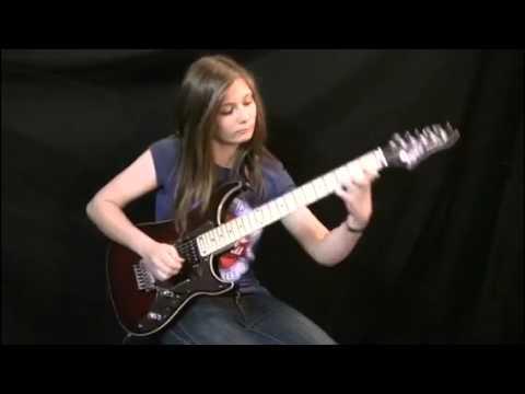 Niña guitarrista