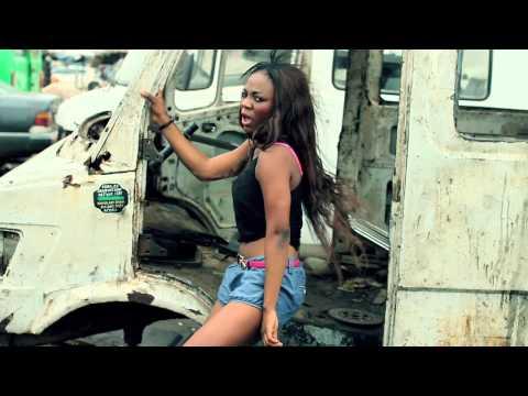 PhootPrintz - FaMaMe Ft Mugeez (R2bees) (Official Video)