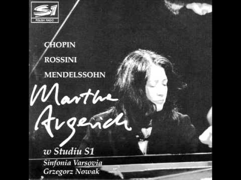 Martha argerich plays chopin piano concerto no 1 complete live 1992
