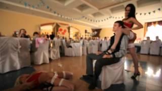Striptizerki jako atrakcja imprezy weselnej? W Rosji wszystko możliwe