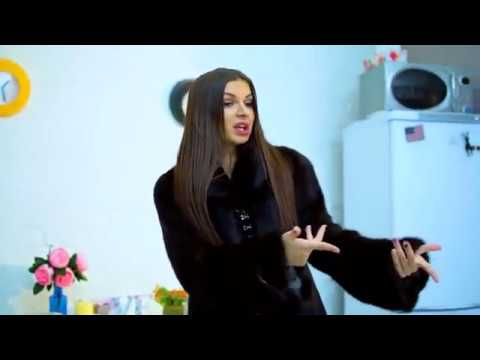 АЛЕНА ВЕНУМ//МАМКА В ЗДАНИИ (видео)