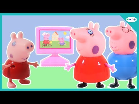 Peppa Pig Family Watching TV  Mommy Pig, Daddy Pig Cook for Peppa Pig